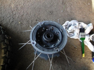 disassembly of the damaged hub