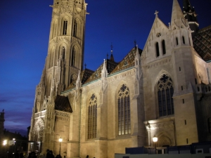 matthias church by night